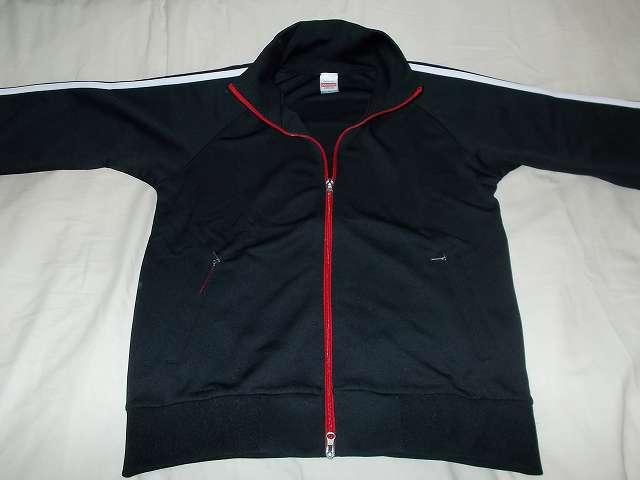 ソフトシェルジャケットの防寒インナーとしてユナイテッドアスレの 7.0オンス ジャージ、ラグランスリーブジャケットを購入しました