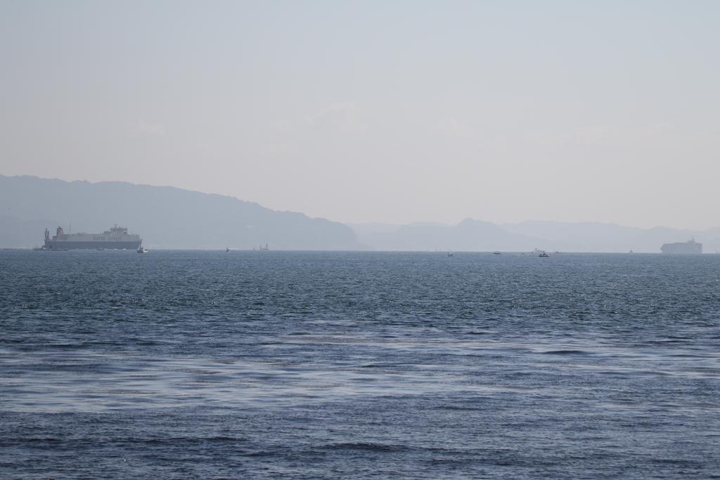 今度はあの船舶との交差が_1
