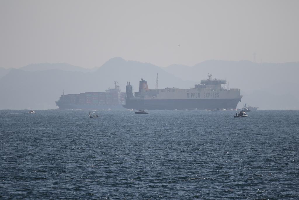 今度はあの船舶との交差が_13