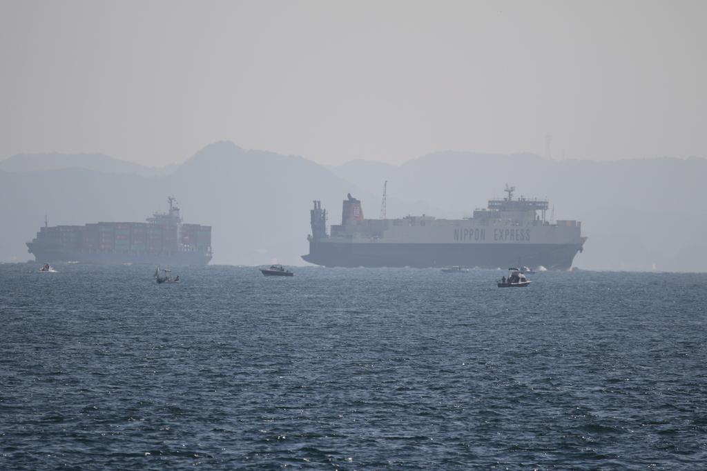 今度はあの船舶との交差が_15