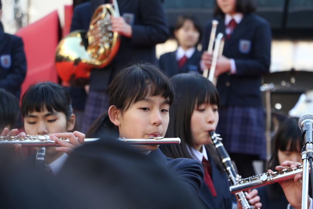 横浜市立港中学校吹奏楽部の記念演奏_2