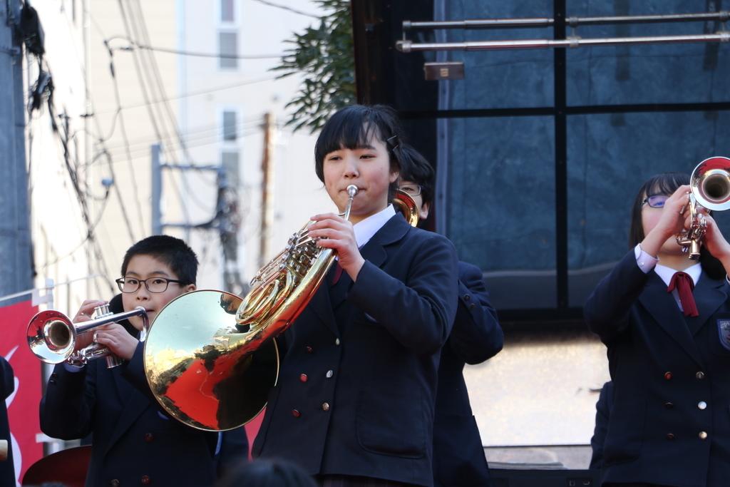横浜市立港中学校吹奏楽部の記念演奏_14