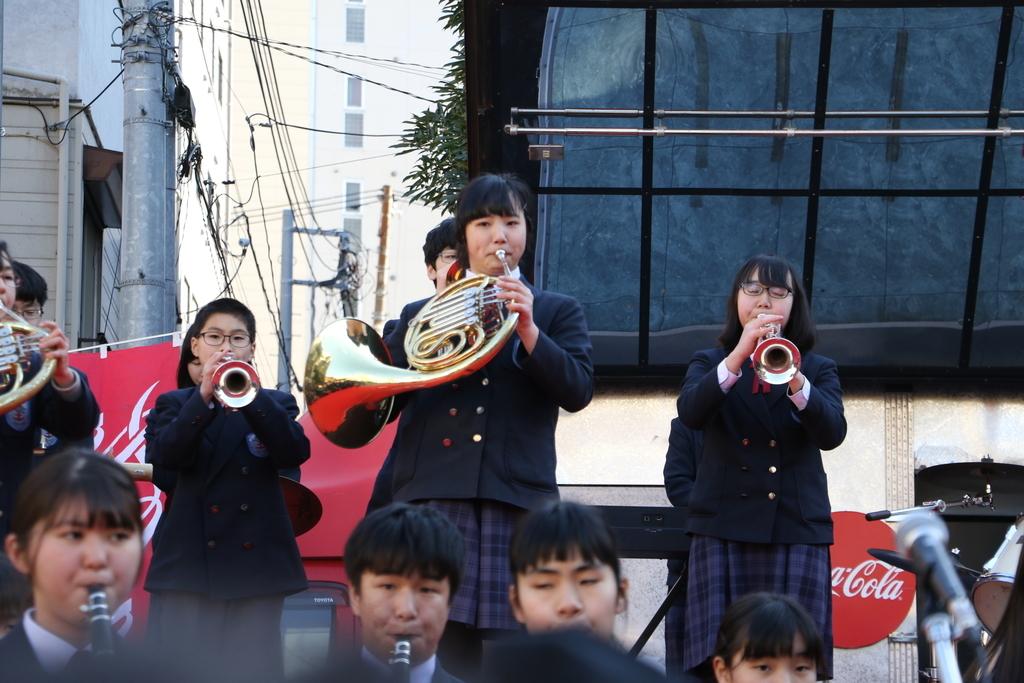 横浜市立港中学校吹奏楽部の記念演奏_25