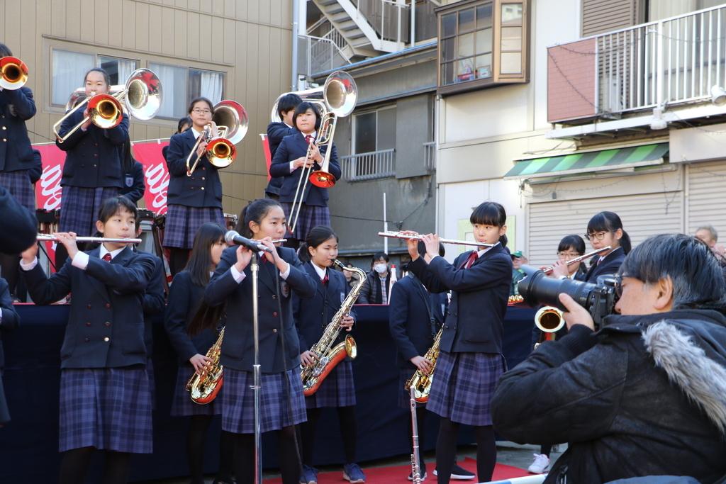 横浜市立港中学校吹奏楽部の記念演奏_29