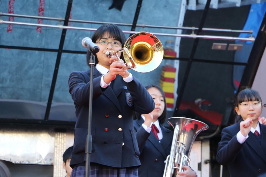 横浜市立港中学校吹奏楽部の記念演奏_34