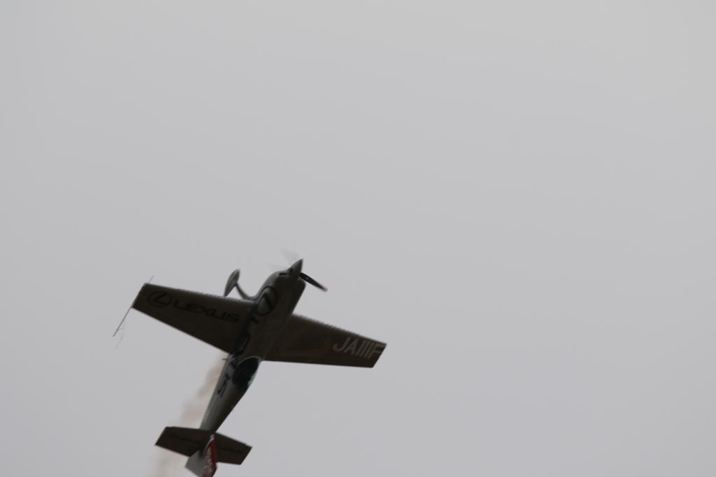 背面飛行の最後_6