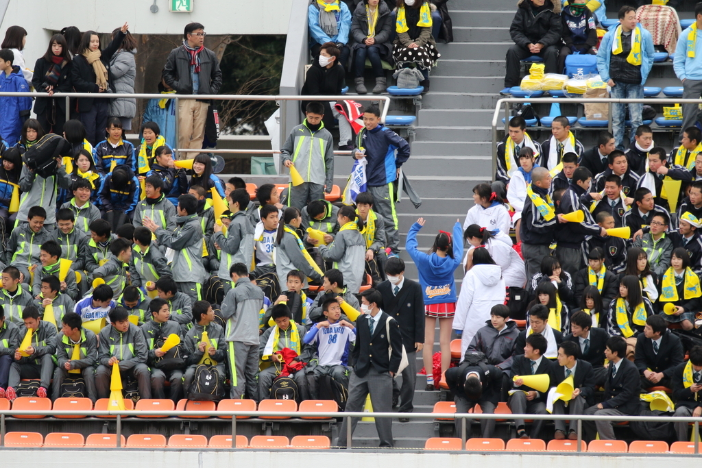 上田西高側の応援席_5