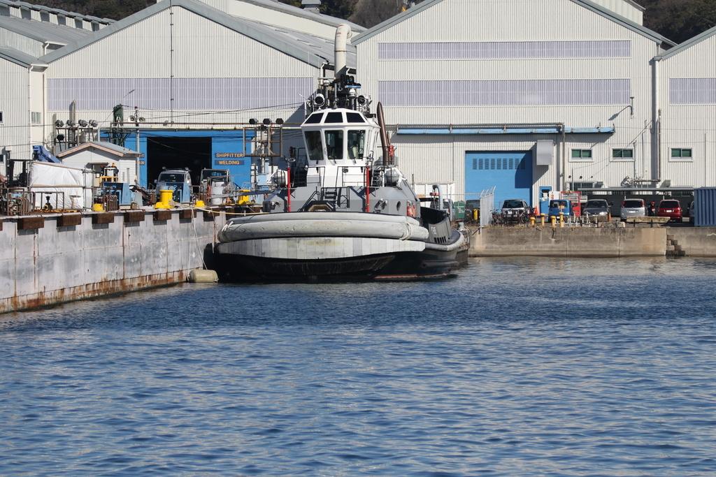 米軍のタグボート_2
