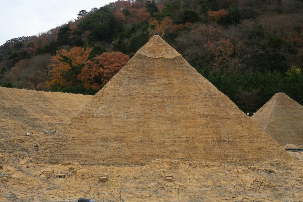 カフラー王のピラミッド_1