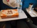 180210新幹線の車内で昼食