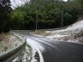 180114ヘアピン下には雪も残る