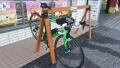 171230和束ローソンにサイクルハンガーが設置されてた