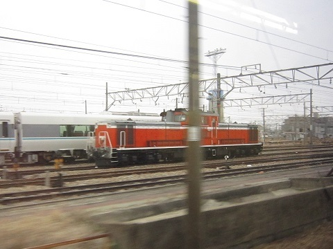 DD51-mukoumachi1.jpg