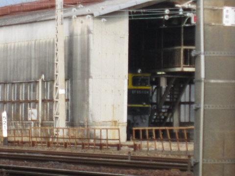 EF65-1124-3.jpg
