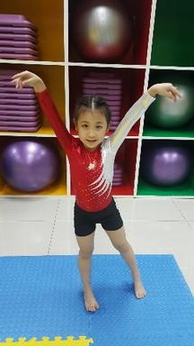Milky Gymnastic (4)