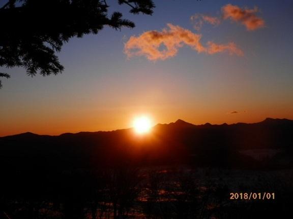 バラギ高原よりの日の出