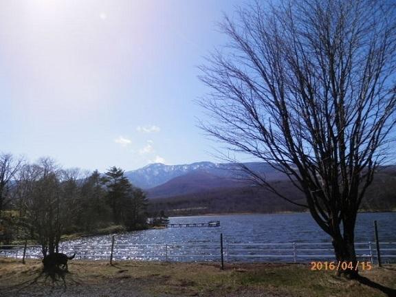 春先のバラギ湖