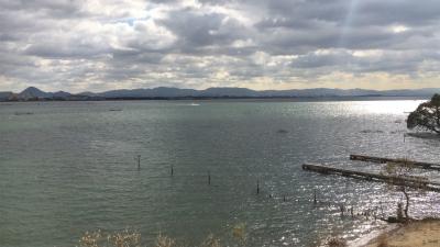 琵琶湖大橋西詰めから眺めた南湖(12月2日11時45分頃)