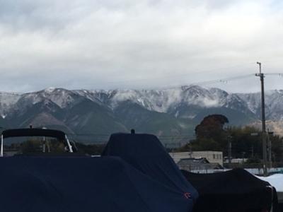 雪景色の比良山(12月9日8時頃)