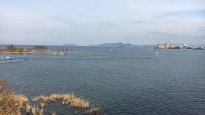 琵琶湖大橋西詰めから眺めた北湖(12月10日14時頃)