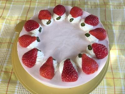 3月4日 ひな祭りケーキ