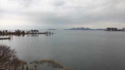 琵琶湖大橋西詰めから眺めた北湖(12月31日15時頃)