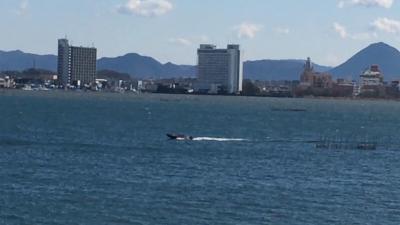 爆風の琵琶湖(YouTubeムービー)