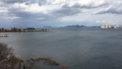 琵琶湖大橋西詰めから眺めた北湖と南湖(1月18日12時45分頃)