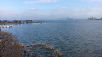 琵琶湖大橋西詰めから眺めた北湖(1月20日13時30分頃)