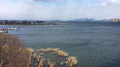 琵琶湖大橋西詰めから眺めた北湖(2月17日13時50分頃)