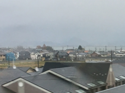 JR湖西線から眺めた南湖(12月8日16時15分頃)