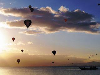近江白浜で開催された熱気球イベント