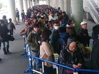 ジャパンフィッシングショー2日目 開場10分前の行列