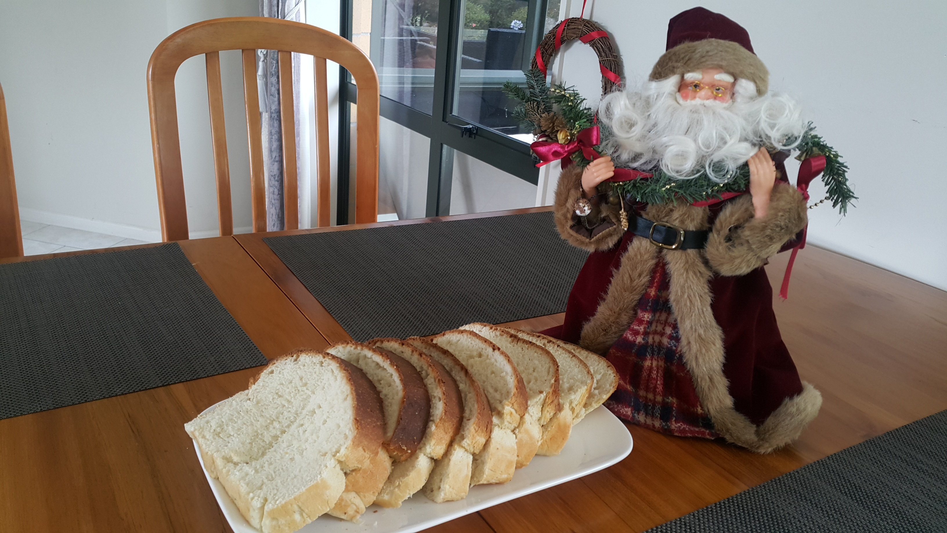 christmasbread.jpg