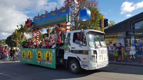 christmasparade2017d.jpg