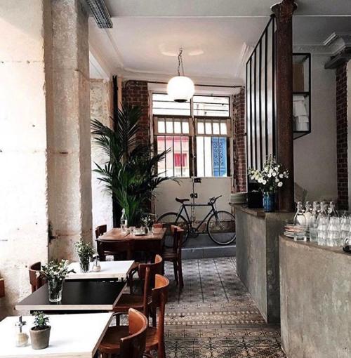 passager-cafe-coffee-shop-paris-ledru-rollin copy