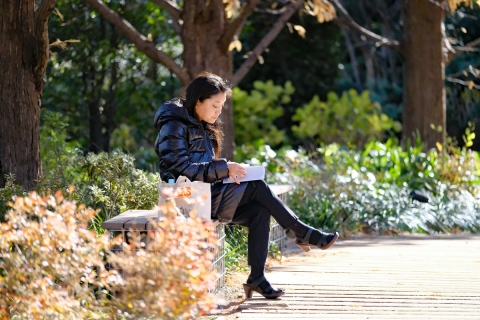 05恵比寿ガーデンプレイスランチの女性
