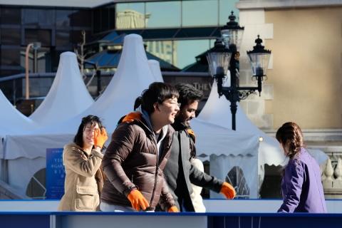 09恵比寿ガーデンプレイスアイススケート