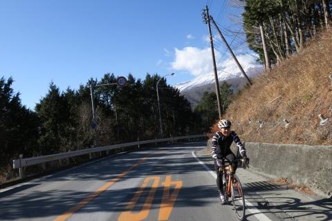 17籠坂峠へ