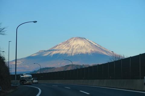 01助手席からの富士山