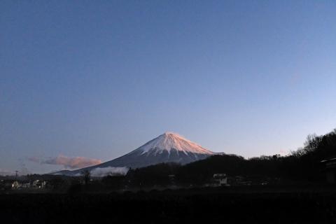 01早朝の朝霧高原へ