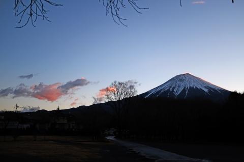 04早朝の朝霧高原へ