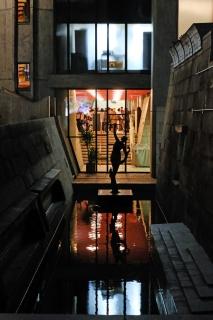 20東京文化会館