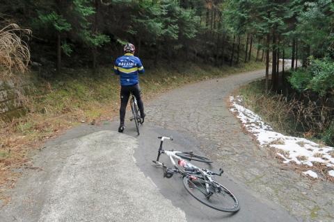 18峠へ自転車