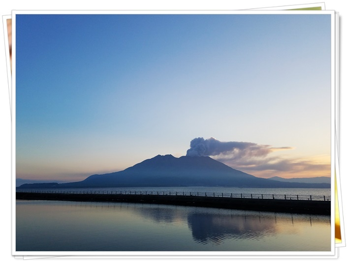 桜島噴煙早朝1