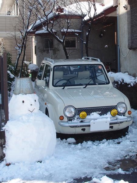 パオと雪だるま