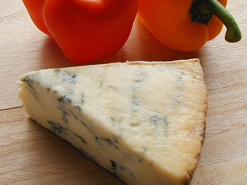 イギリスのブルーチーズの一種、スティルトンチーズ