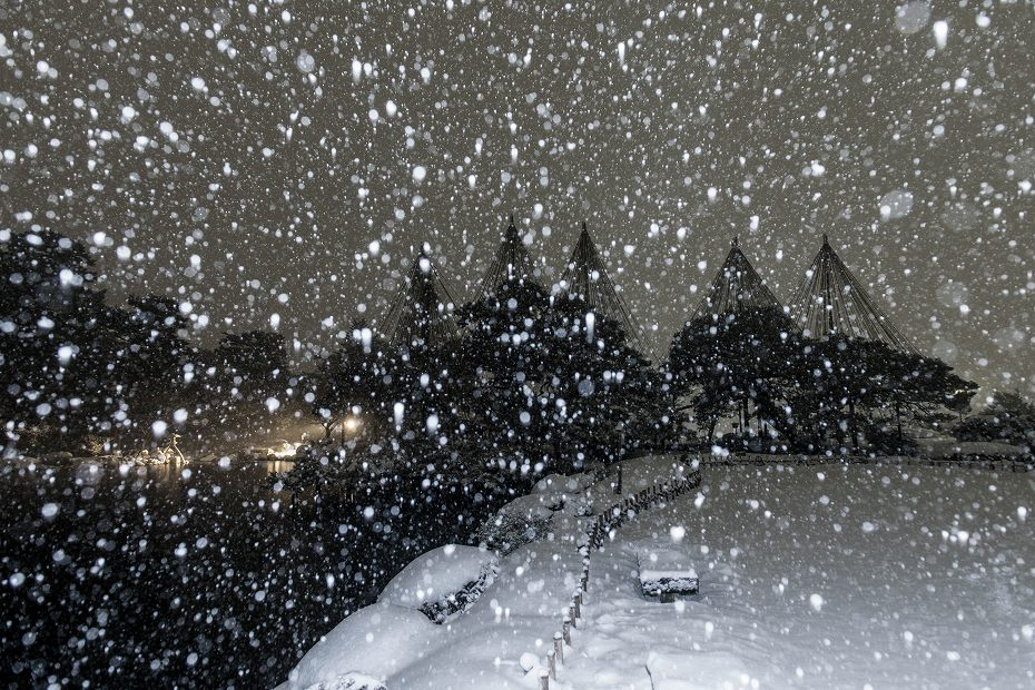 2018.02.05 雪降る兼六園 3