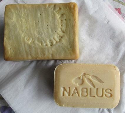 オリーブオイル石鹸 比較