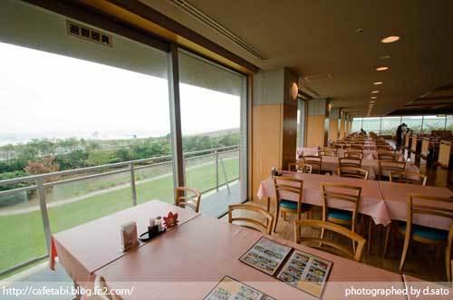 千葉県 山武郡 九十九里町 ホテル 国民宿舎 サンライズ九十九里 海が見えるレストラン 店内 12